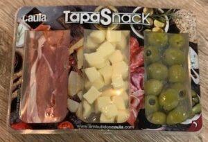 Tapasschotel serranoham + olijven + kaas